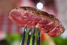 Le steak saignant est meilleur pour la santé